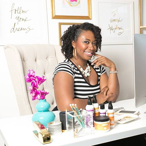 A history maker: Gwen Jimmere is the first black woman to hold a U.S. patent for a natural hair care product. Additionally, she is the CEO & Founder of NATURALICIOUS, one of the fastest growing natural haircare brands in the U.S. She is the brains behind the revolutionary OooLaLocks Hair Box–the only simple, four-step natural haircare system designed specifically for curly hair that is proven and guaranteed to take you from wash to ready-to-style in just 1 hour or less.   Gwen is also is the co-founder of Pitch Proof, where she coaches and trains entrepreneurs on how get to capital for their multimillion dollar ideas without going into debt by preparing for, entering and ultimately winning business pitch competitions and attracting equity investments.